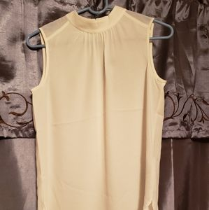 NWT NYDJ sleeveless blouse